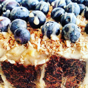 Blueberry, lemon and coconut vegan 'cheese'cake.