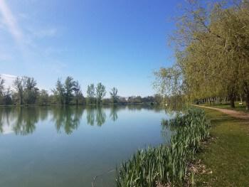 Lakeside Lisle sur Tarn.